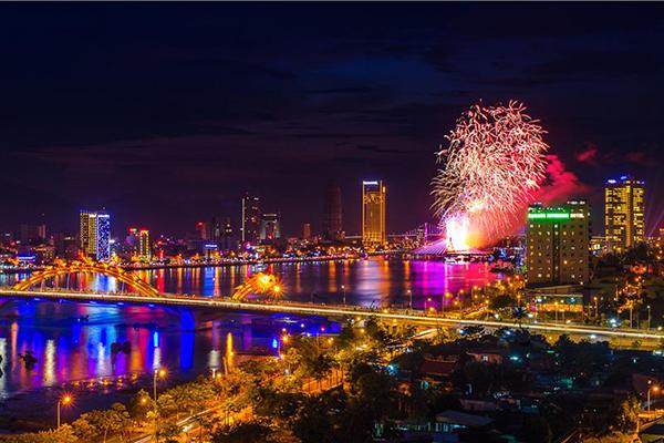 Đà Nẵng - thành phố ánh sáng với đủ sắc màu