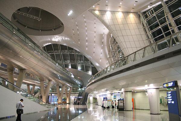 Phía trong sân bay Seoul