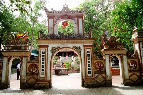 Đền thờ ông Hoàng Mười
