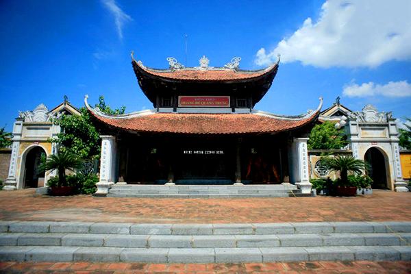 Đền thờ vua Quang Trung ở núi Quyết