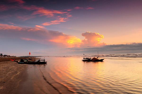 Hoàng hôn trên bãi biển Diễn Thành