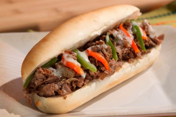 Bánh Cheese Steak