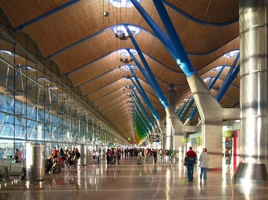 sân bay quốc tế Madrid Barajas
