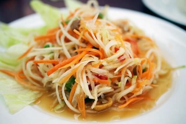 Som Tum Thái
