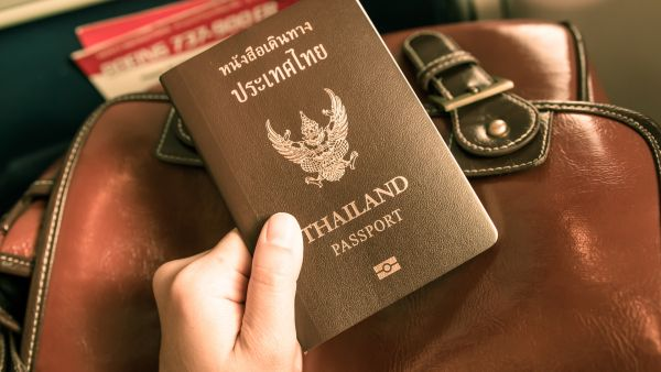 Đi Thái Lan có cần hộ chiếu không?